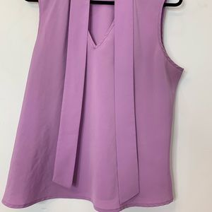 Tops - 🔮2/$15🔮 Blouse sleeveless lilac